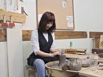 私だけの器作り体験!カフェ併設の陶芸教室『気ままな風』