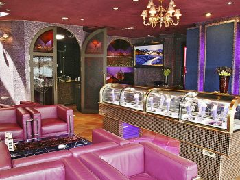 「ロマンドーロールジャパン」直営カフェ『Marchentic Party』が飯坂町に開店