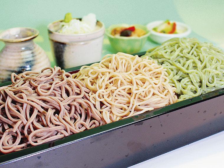せいろ蕎麦3種 748円(税別)【提供時間11:00〜15:00ラストオーダー】