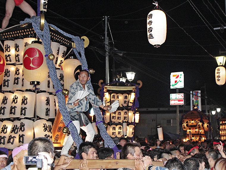 2015年の御輿パレードの様子