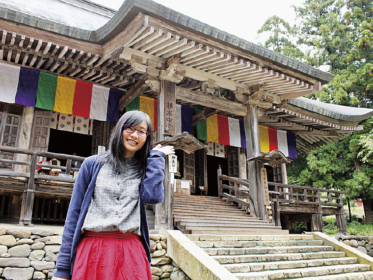 国指定重要文化財の「根本中堂」。ブナ材の建築物では日本最古といわれている