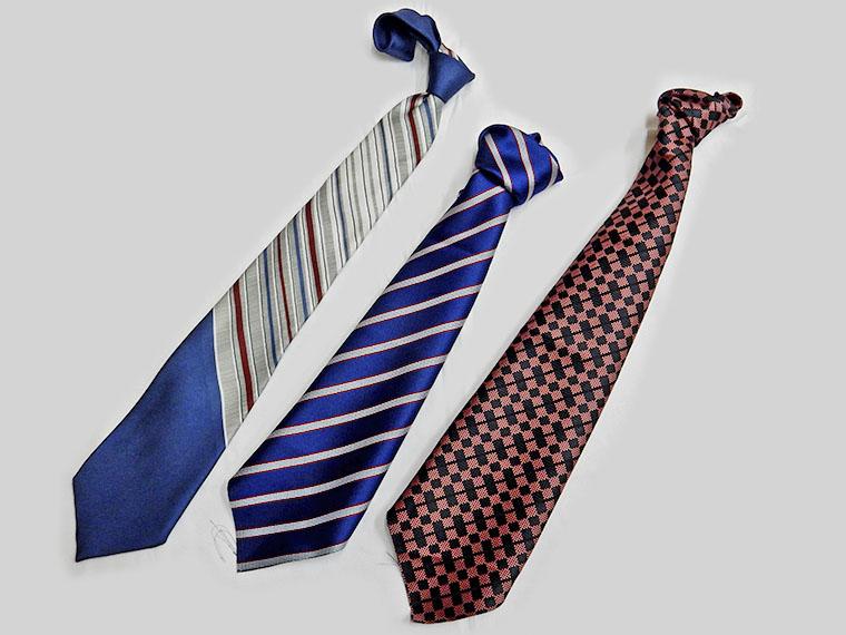 個性豊かな手づくりネクタイと染色の合同作品展
