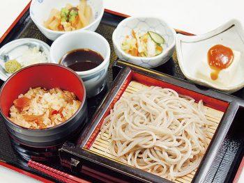 福島県産そば粉使用の十割そばと地場食材を堪能
