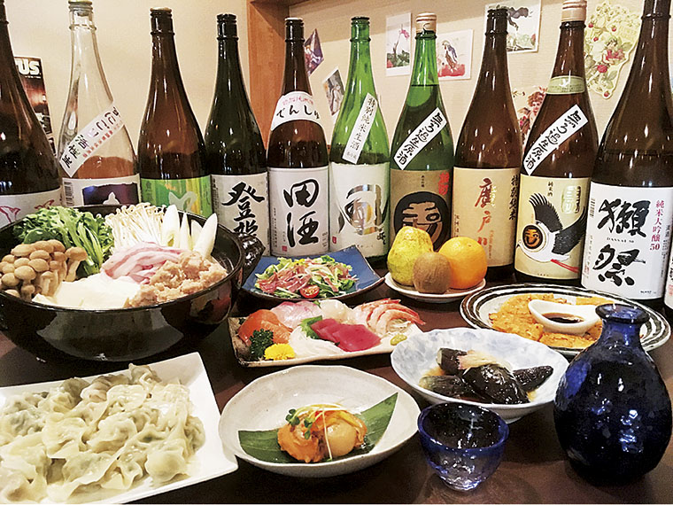 和洋折衷の料理と種類豊富なお酒で忘新年会を!