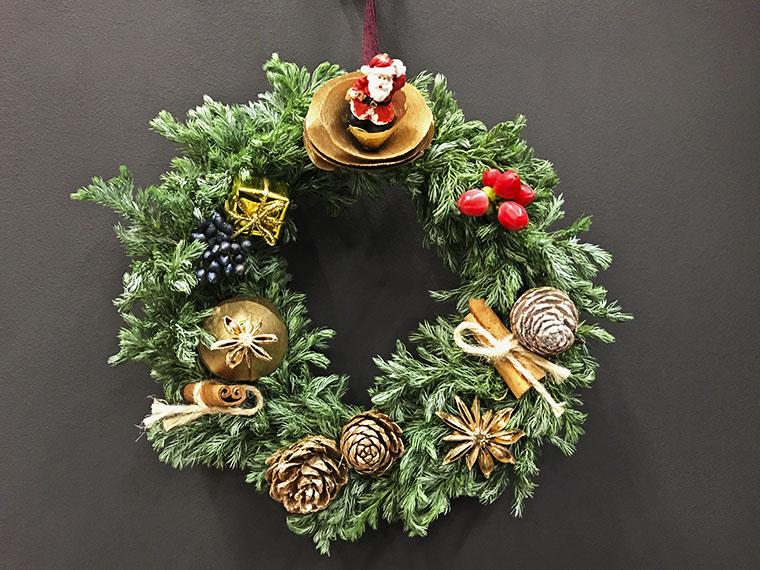 親子で世界に一つだけのクリスマスリースを作ろう!