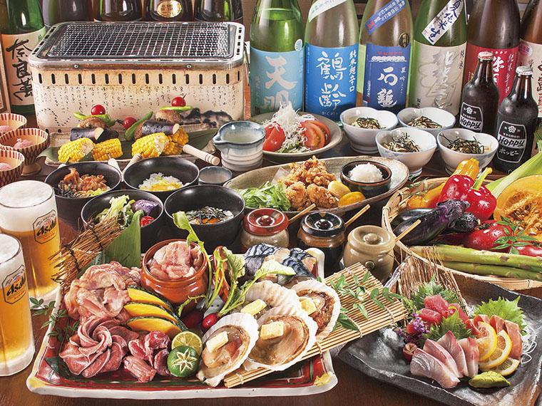 店主厳選の食材を網焼きで味わえる宴会コース。豊富な日本酒のあてにぴったり!