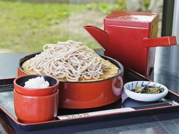 会津藩祖の保科正之公が伝えた「高遠そば」が味わえる道の駅