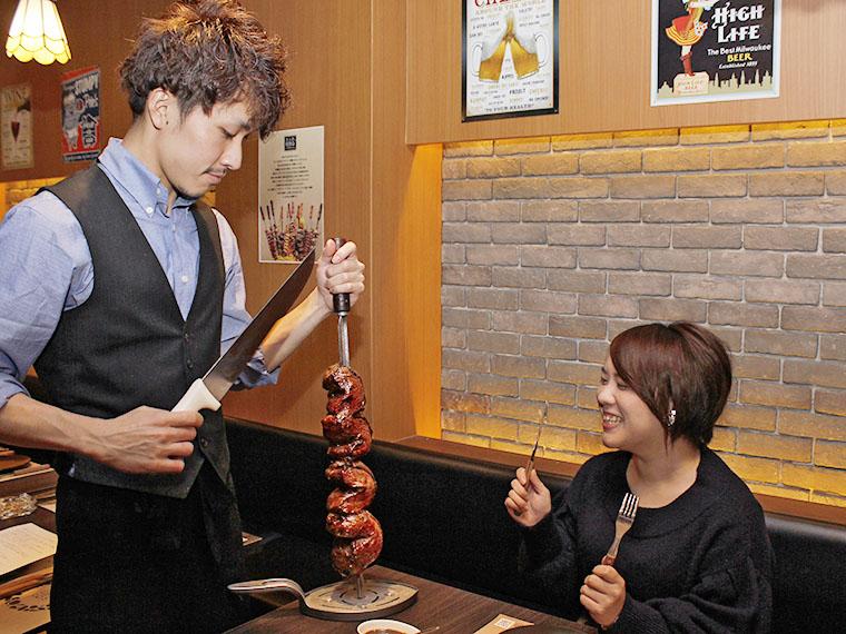 イケメン角田店長と、肉が来たことに喜びを隠しきれない私