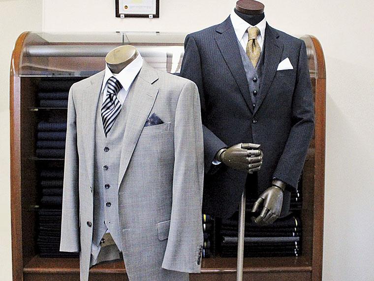 世界に一着だけのスーツを!別途12,000円でベスト付きにできる
