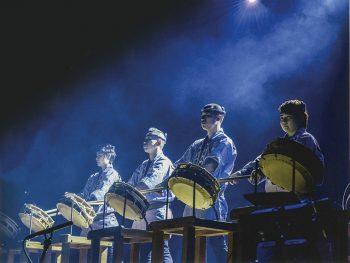 飯坂町に福島県内外の太鼓が集結。迫力ある音色を披露!