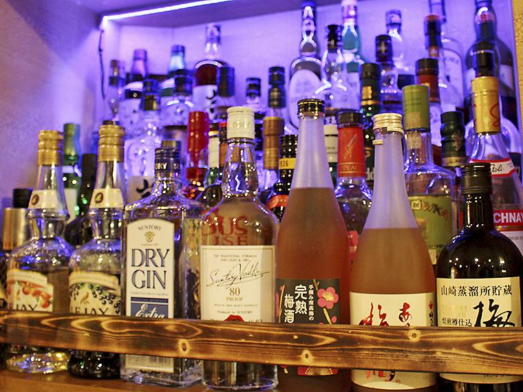 酒の種類もこの通り。強炭酸ハイボールにも対応!