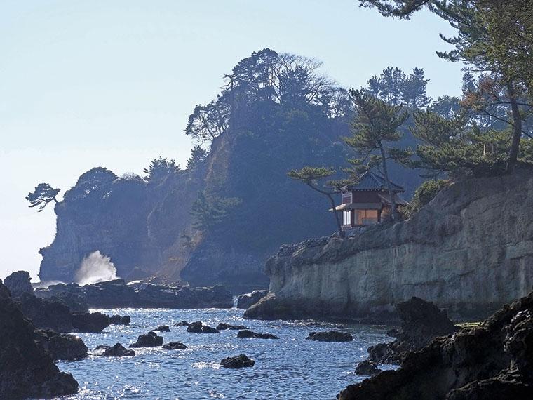 国の登録記念物に登録されている「岡倉天心旧宅・庭園および大五浦・小五浦」