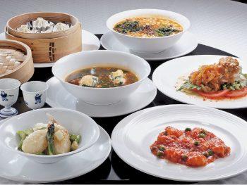 老舗中華店で堪能する料理と酒、4,000円からのコースを楽しもう