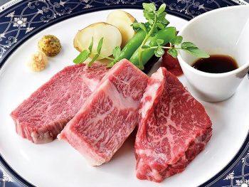 """先代から受け継がれる""""目利きの技""""で選ぶ上質な米沢牛を味わおう"""