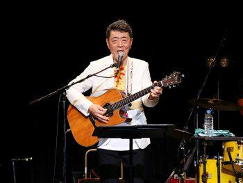 元「オフコース」の鈴木康博、福島市「時代屋」でソロライブ開催
