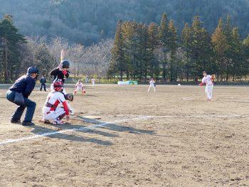 福島ソフトボールリーグの13時間に及ぶ熱戦!