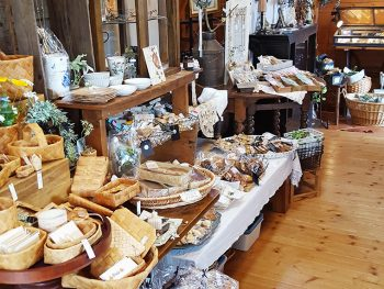 雑貨、アクセサリー、お菓子など宮城県内の30組が出店!