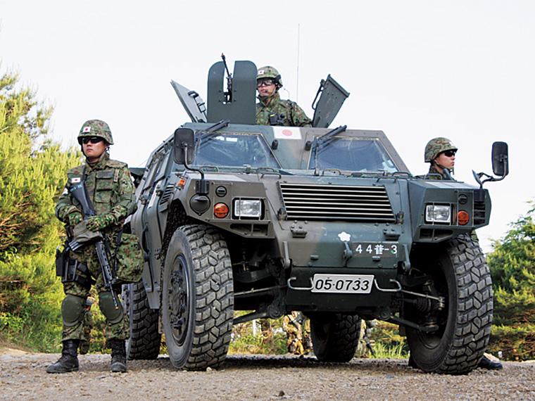 展示される「軽装甲機動車」。通称ラヴ