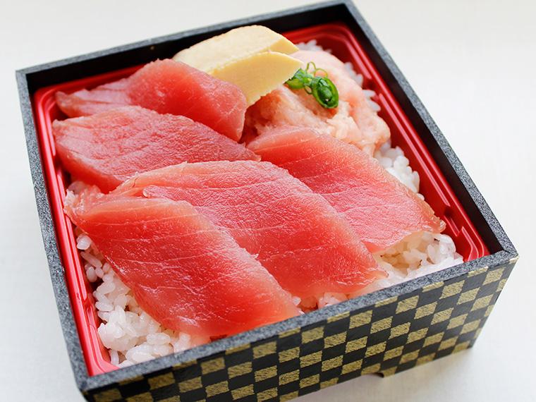 おすすめの「まぐろ丼」(1,000円)