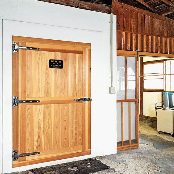 日本酒のもととなる麹を仕込む製麴(せいきく)室