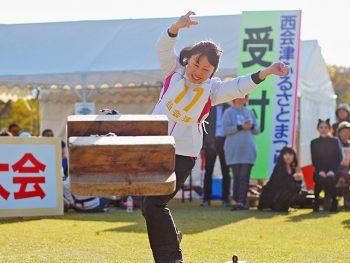 """ライブもグルメも""""ゲタ投げ""""も!企画満載な『西会津ふるさとまつり』"""