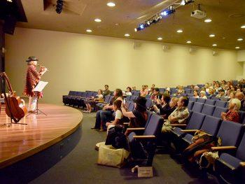 福島県の現状を伝える映画上映会を二本松市で開催