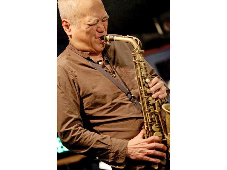 アルトサックス奏者・林 栄一が飯野町でジャズライブ開催