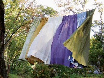 猪苗代町で、自然素材のリネンカーテンを体感しよう