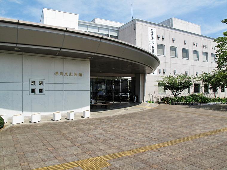 詩人・吉増剛造と作家の島尾敏雄・ミホ夫妻の親交を辿ろう