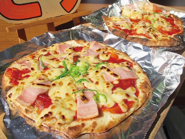 イベントでしか味わえない、月館産小麦を使ったピザ