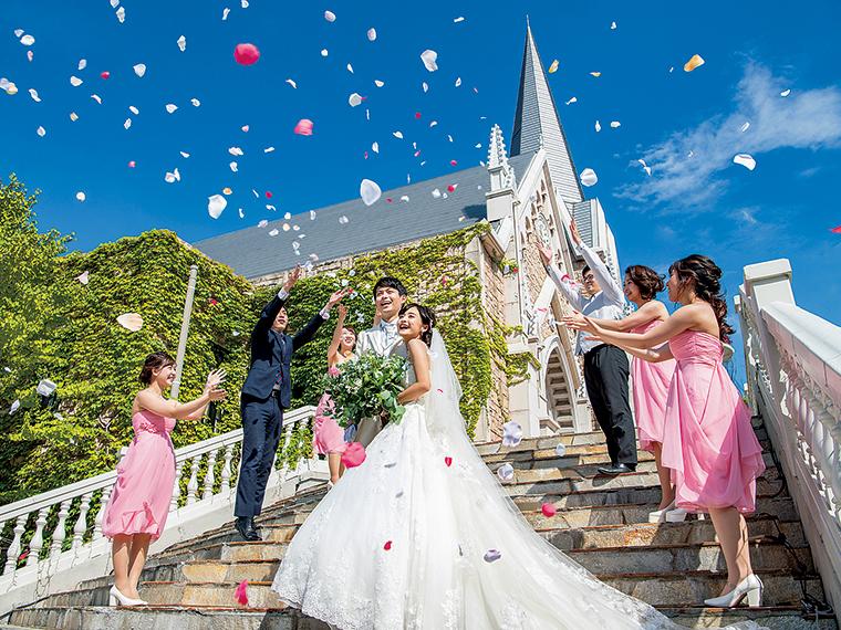 人生の晴れ舞台である「結婚式」をともに創り上げる喜び