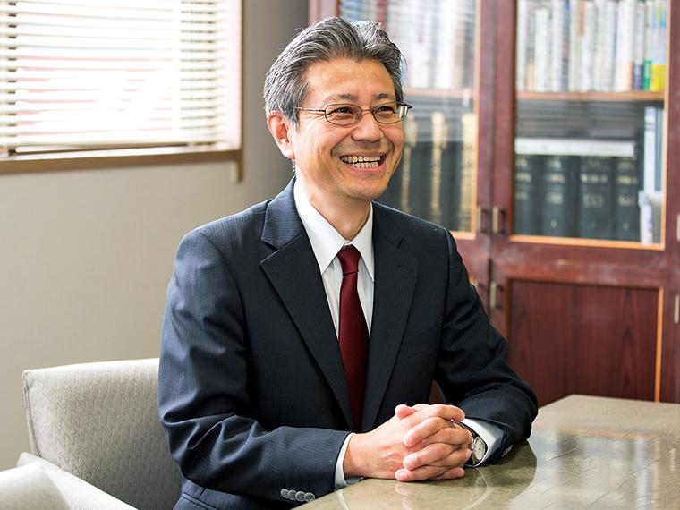 「100年、その先も続く企業を目指します」と話す三代目の大槻一博代表取締役社長