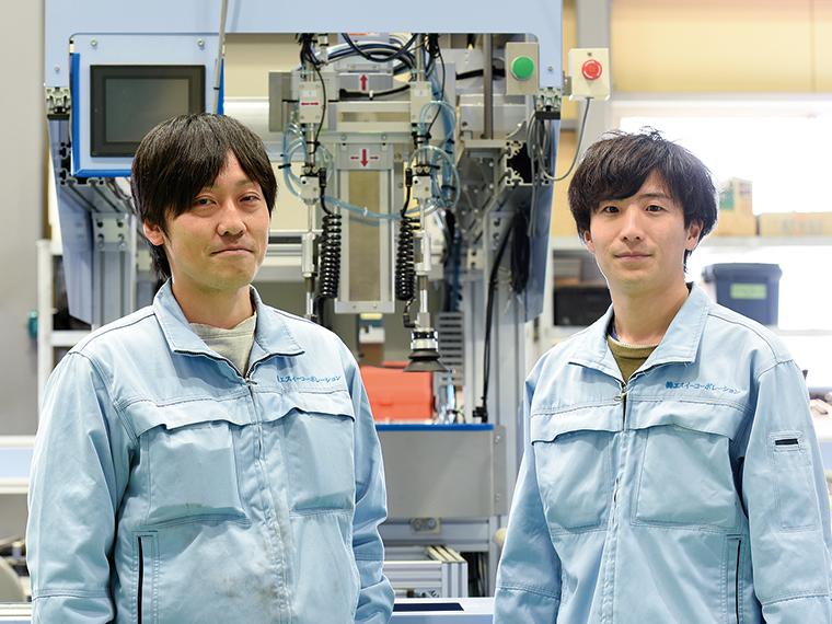 営業技術部の小林裕也さん(写真左)、電気空調事業部の齋藤潤さん(写真右)