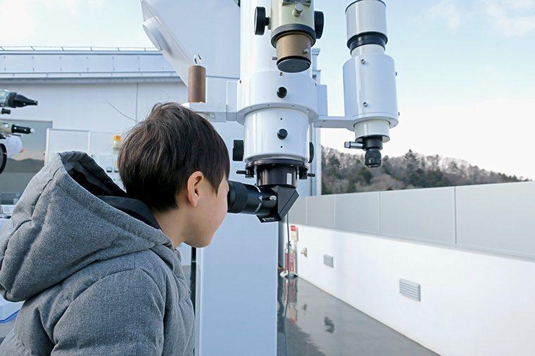 (C)仙台市天文台 「観察室で星を見よう!」※過去開催の様子