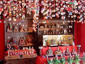 歴史を重ねた雛人形を訪ねて、喜多方の街を歩こう