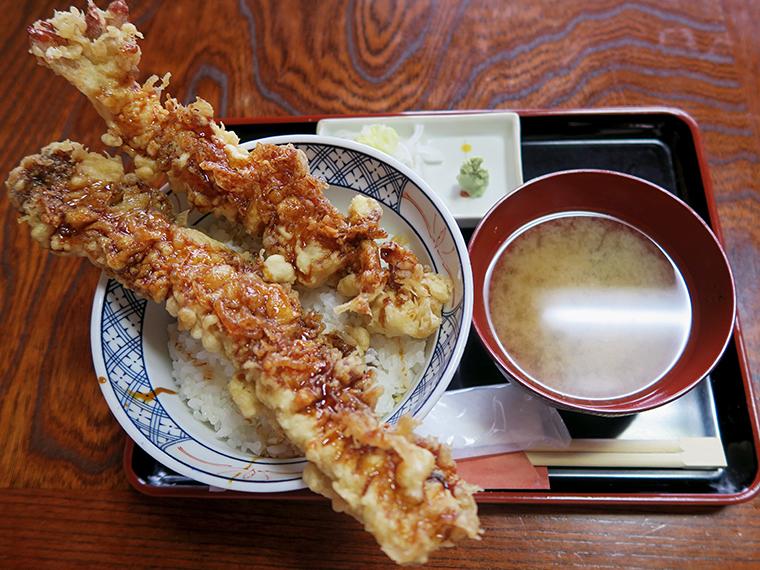 「大海老と穴子一本揚げ天丼」(1,600円)