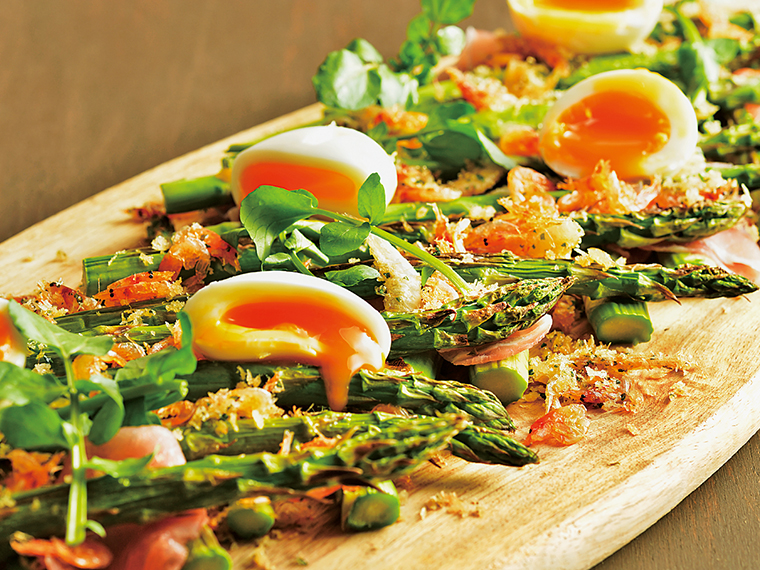 契約農家や近郊の朝採り野菜を素材の味を楽しむレシピで提供