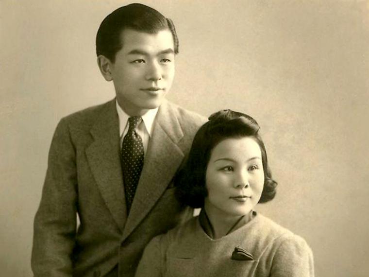 福島市名誉市民である古関裕而氏と妻の金子氏
