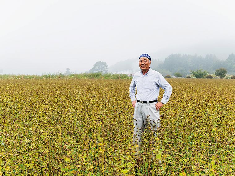 追原そば生産組合事務局長の金田裕二さん。平成5年の発足以来、そばの普及に尽力している