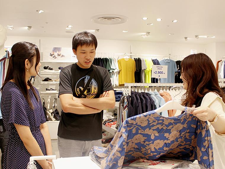 「最近はTシャツとパンツばかりですね…」と阿部さん