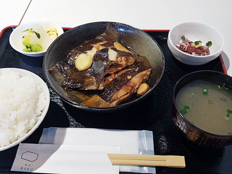 前回いただいた煮魚定食