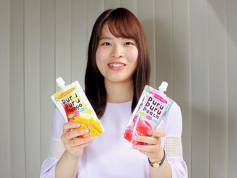 『飲むこんにゃくゼリー PuruPuru Jelly』(1個130g・148円)