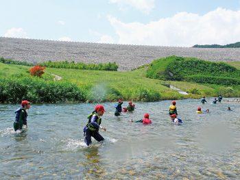 大自然が広がる摺上川ダム周辺で、アウトドア、食&温泉を満喫