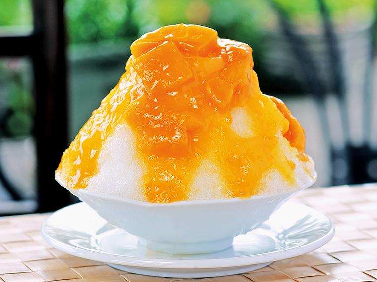 「かき氷 マンゴー」(864円)。提供期間は6月下旬から8月末まで