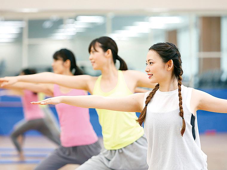 最新のプログラム多数。HOTヨガ、ピラティス、ダンスなど