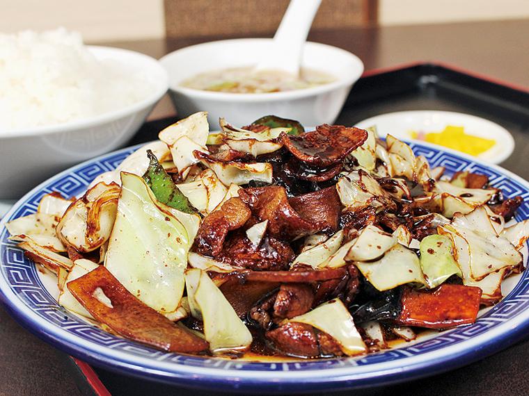 なんといってもタレがおいしい。野菜もたっぷりなので、女子メンバーにも人気でした