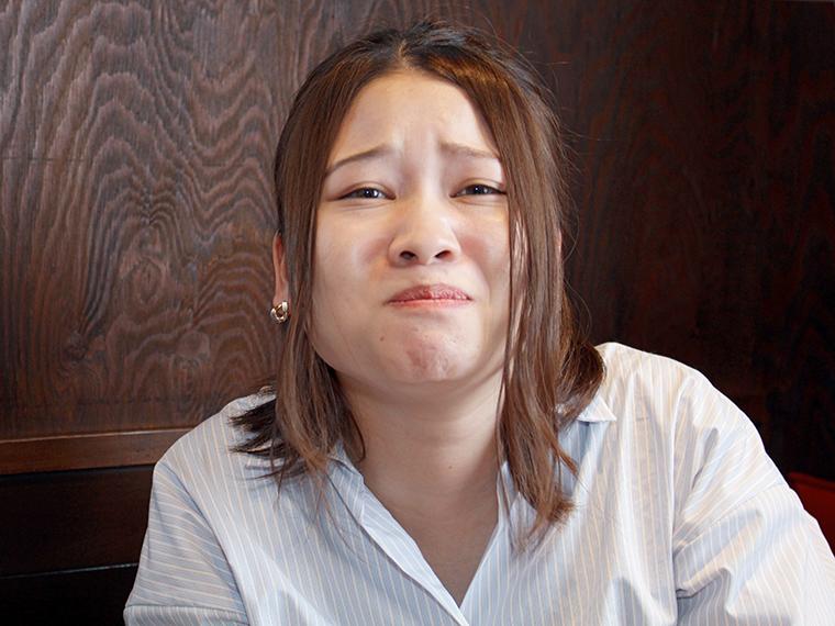 ホルモンが苦手だったいっそん。「食べれました、衝撃のおいしさ」とこの顔