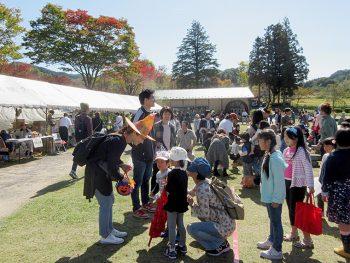 運動会企画やハロウィンの仮装も!大人も子どもも楽しめる白河市の収穫祭