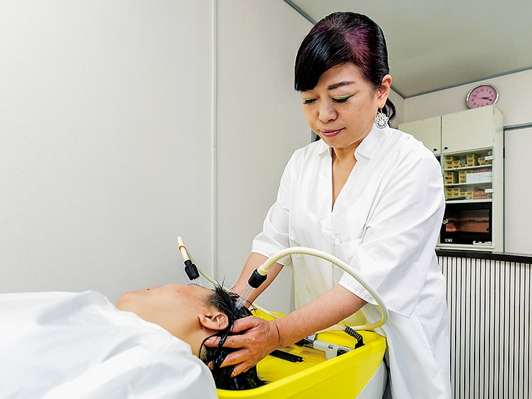 頭皮の引き締め効果で顔のリフトアップも期待できるボヌールエステ