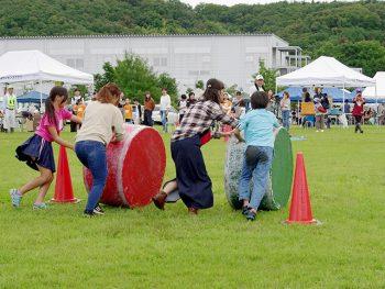 丸太ころがしや土偶輪投げなどで競争!縄文時代の文化に触れよう